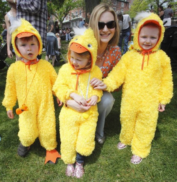 Duckling Day Parade photo 2